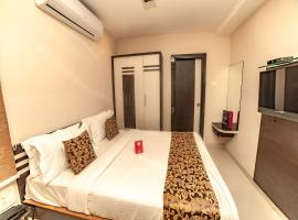 OYO 9804 Hotel SR Residency