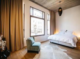 Charlie's Bed & Breakfast, hotel near Royal Museum of Fine Arts Antwerp, Antwerp