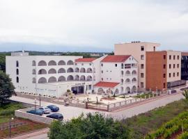 "Hotel ""Santa Maria"""