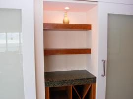 Ocean Club 204-Deluxe - Two Bedroom Apartment