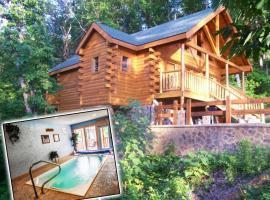Swim n Bear Honeymoon Cabin with Private Pool
