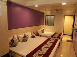 HOTEL MADNI ROYALE (50 Mtrs from Dargaah), Ajmer