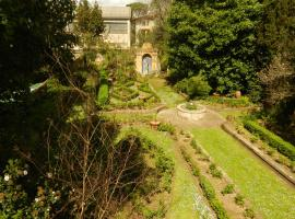 Casa con giardino, centro storico