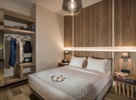 Sea & City Apartments, hotel in Chania