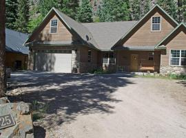 Elkhorn Drive House 142937, pet-friendly hotel in Ouray