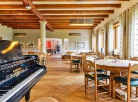SEINZ das vegetarisch/vegane BioHotel, hotel in Bad Kohlgrub