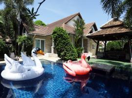Green Residence Pattaya 4 Bedrooms Pool Villa