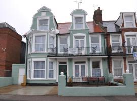 Victoria Villa Guesthouse, hotel in Clacton-on-Sea