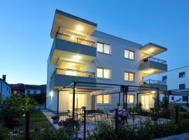 Apartments Town, hotel near North Gate Trogir, Trogir