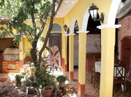 Hostal Lazaro y Yailin TRINIDAD, hôtel à Trinidad
