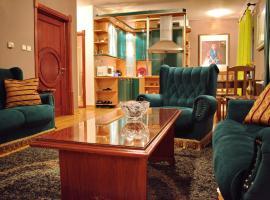 Marilyn Apartments