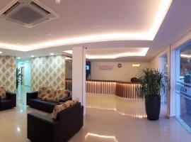 Shobi Hotel