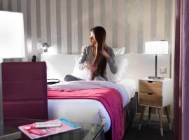 Hotel Paris Louis Blanc, hotel in Paris