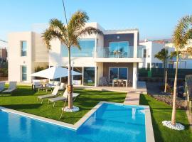 Luxury Villa - Oasis Tucan *****