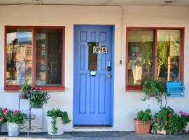 White Eagle Inn, pet-friendly hotel in Cortez