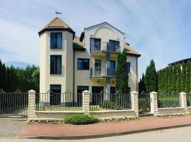 Willa Karolinka – hotel w Łebie