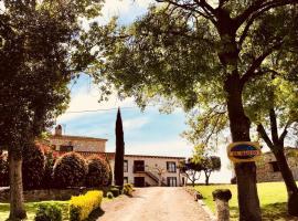 B&B El Ranxo, hotel near Girona-Costa Brava Airport - GRO,
