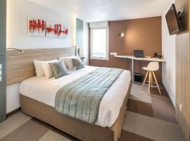 Kyriad Prestige Pau – Palais des Sports, hotel in Pau
