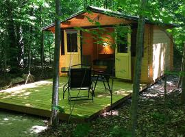 Madawaska Lodge-Camping Cabins