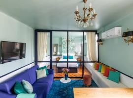 Luxury 2 Bedroom with AC - Louvre & Champs Elysees
