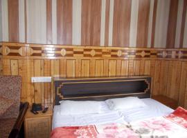 Perfect Family Stay next to Nainital Lake