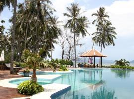 NATAYA Round House Coral Bay Resort, spa hotel in Kampot