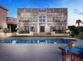 Luxury Apartment & Rooms Vila Carissa, hotel in Malinska