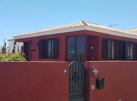Love Villa, hotel in El Médano