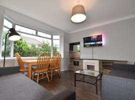First - Sighthill Luxury Villa with Private Garden
