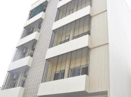 Sojourn, apartment in Varanasi