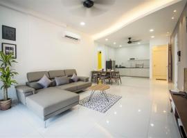 Arte S Suite 3房式度假公寓套房, hotel with pools in Bayan Lepas