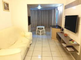 Apartamento a beira mar com vista, com serviço de hotelaria! WIFI E SMARTV, apartment in Itapema