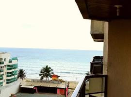 Apartamento a poucos metros do mar! com serviço de hotelaria, apartment in Itapema