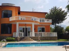 Villa Moonlight