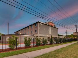 Orangewood Inn and Suites Midtown