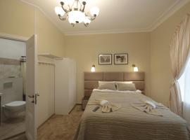 Tolstoy Square Apartments