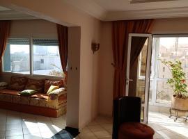 Large 2 bedroom luxury apartment