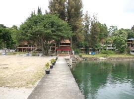 潘杜湖濱圖克圖克酒店