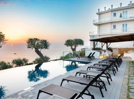 Villa Fiorella Art Hotel, hotel in Massa Lubrense