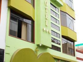 Maximos Hotel, hotel in Tacna