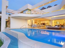 Hollywood Mansion & Spa Camps Bay, accessible hotel in Cape Town