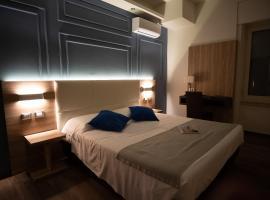 Fly Decó Hotel, hotel em Lido di Ostia