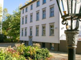 Villa Kiewitt - Pension, economy hotel in Potsdam