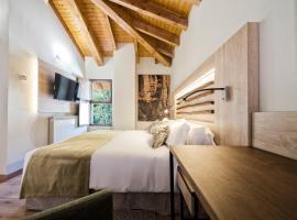 Hotel Rural Las Montañas de Pumar, pet-friendly hotel in Besullo
