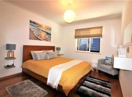 atlantic home apartment, hotel near Reis Magos Beach, Caniço