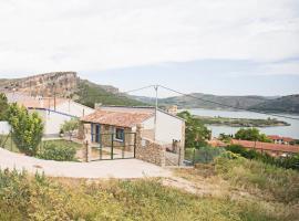 Casa rural la Era del Malaño, hotel a prop de Monestir de Piedra, a Nuévalos