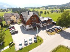 Hotel Neuwirt, hotel v Ramsau am Dachstein