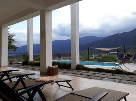 QHAWANA COMPLEJO CABAÑAS Y HOTEL