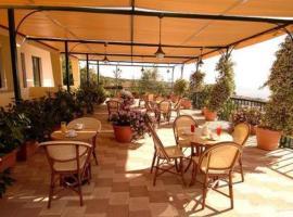 Hotel Eden Riviera, hotel ad Acitrezza