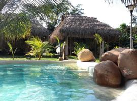 Coconut Tarapoto - Eco Bungalows & Lagoon Pool, hotel with pools in Tarapoto